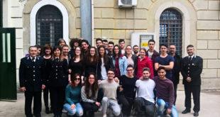 Fermo: Il quinto anno dell'Itet Carducci Galilei in visita alla Casa Circondariale